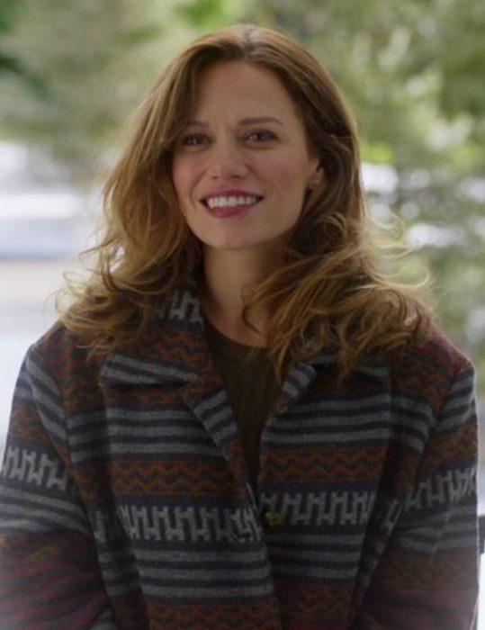 Bethany-Joy-Lenz--Sweater