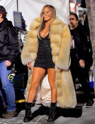 Hustlers-Jennifer-Lopez-Fur-Coat