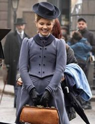 Kate-Phillips-Miss-Scarlet-and-the-Duke-Coat