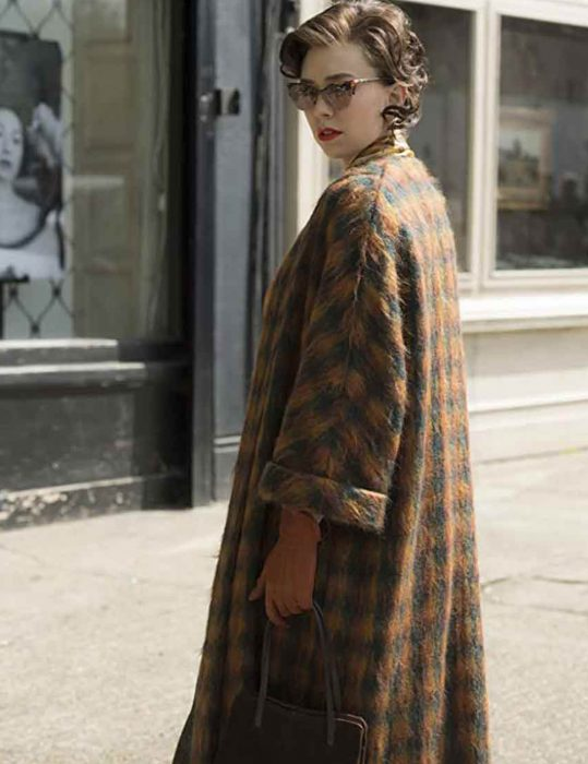 The-Crown-Vanessa-Kirby-Coat