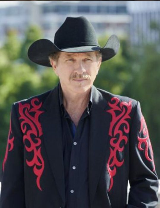 a nashville christmas carol kix brooks coat