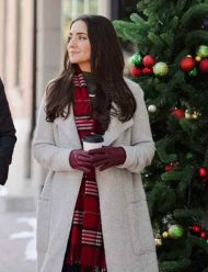 Dashing-Home-for-Christmas-Paniz-Zade-Coat