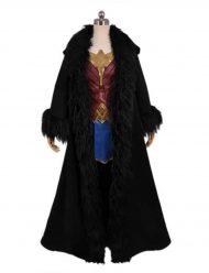 Gal-Gadot-Black-Cloak