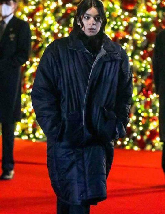 Hawkeye-Hailee-Steinfeld-Black-Puffer-Coat