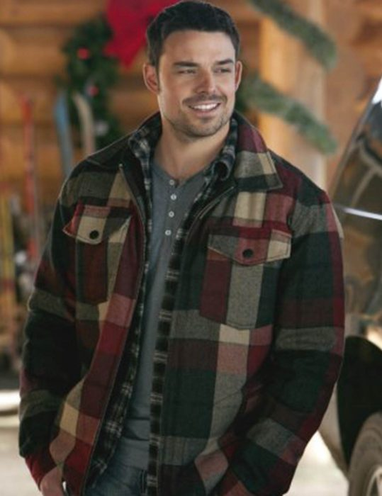 Let-It-Snow-Jesse-Hutch-Jacket