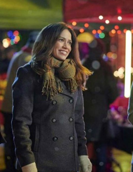 Lucy-Ralston-Five-Star-Christmas-Peacoat