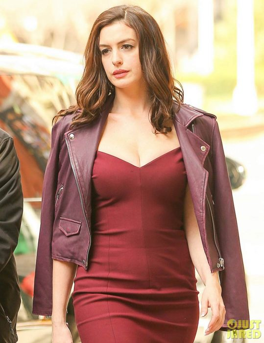 Ocean's-Eight-Anne-Hathaway-Leather-Jacket