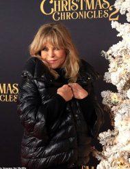 The-Christmas-Chronicles-2-Jacket