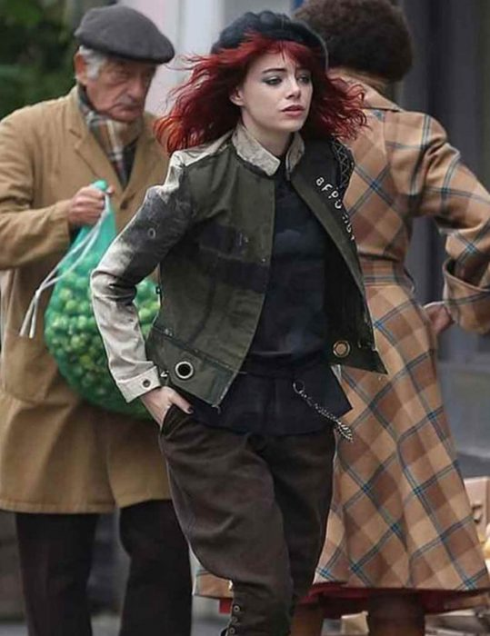 Emma-Stone-Cruella-Cotton-Jacket