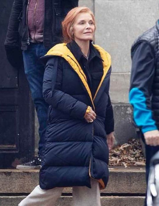 French-Exit-Michelle-Pfeiffer-Puffer-Coat
