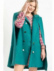 Zoey's-Extraordinary-Playlist-Coat
