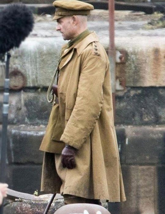 1917-Movie-Mark-Strong--Coat