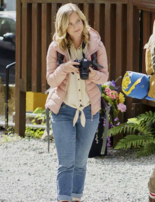 Chasing-Waterfalls-2021-Cindy-Busby-Jacket