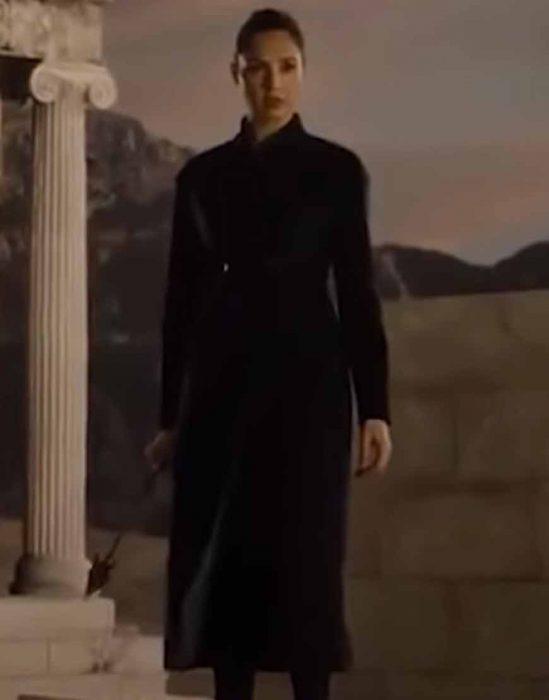 Zack Snyders Justice League 2021 Gal Gadot Coat