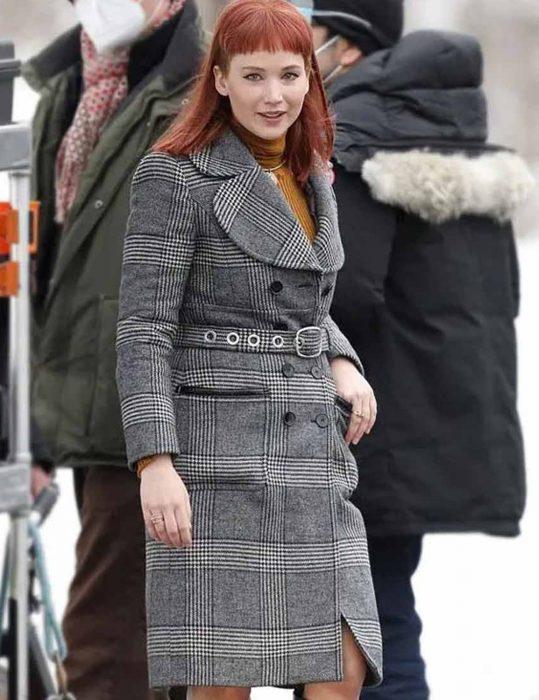 Don't-Look-Up-Jennifer-Lawrence-Coat