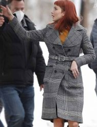 Don't-Look-Up-Jennifer-Lawrence-Trench-Coat