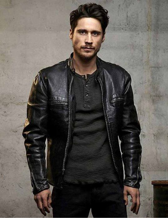 Queen-Of-The-South-Peter-Gadiot-Jacket