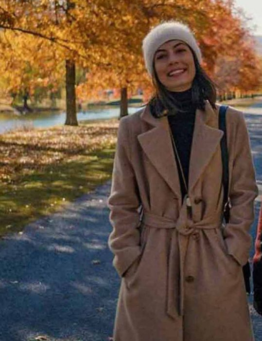 Master-Of-None-Season-3-Francesca-Coat