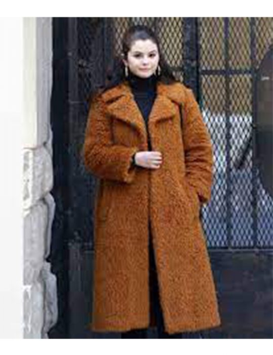 Only-Murders-In-The-Building-Mabel-Coat