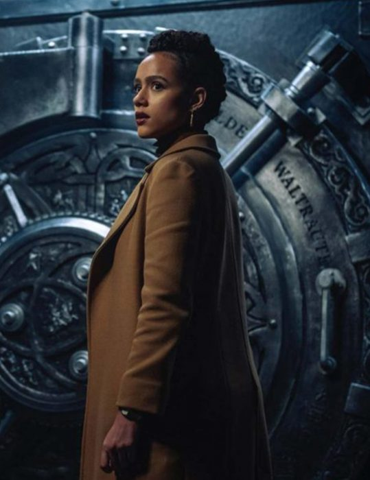 Army-of-Thieves-Gwendoline-Trench-Coat