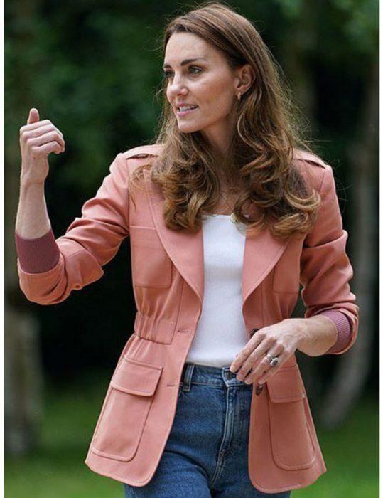 Duchess-of-Cambridge-Kate-Middleton-Blazer