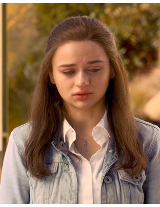 The-Kissing-Booth-S03-Joey-King-Denim-Jacket