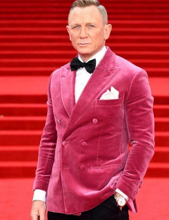 Premiere-James-Bond-Pink-Blazer